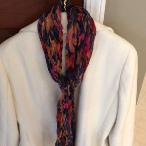 Accessories - Gorgeous scarf